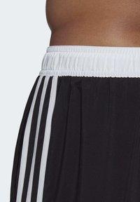 adidas Performance - 3-STRIPES CLX SWIM SHORTS - Shorts da mare - black - 5