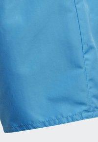 adidas Performance - CLASSIC BADGE OF SPORT SWIM SHORTS - Uimashortsit - blue - 4