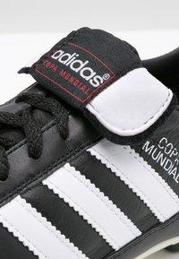adidas Performance - COPA MUNDIAL - Korki Lanki - zwart/wit - 5