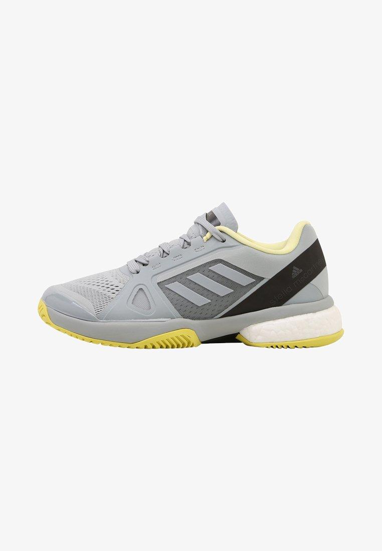 adidas by Stella McCartney - BARRICADE BOOST - Chaussures de tennis toutes surfaces - egg grey/aerlim/chalk black