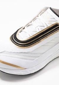 adidas by Stella McCartney - BOSTON S. - Laufschuh Neutral - footwear white/golden butter - 5