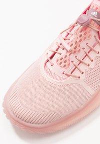 adidas by Stella McCartney - PUREBOOST TRAINER S. - Gym- & träningskor - pink spice/ultra pop/footwear white - 5