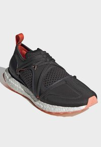 adidas by Stella McCartney - ULTRABOOST T SHOES - Stabilty running shoes - black - 3