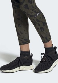 adidas by Stella McCartney - ALPHAEDGE 4D SHOES - Trainers - black - 0