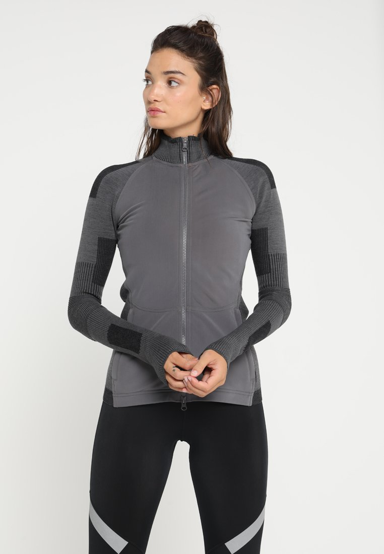 adidas by Stella McCartney - RUN ULTRA MIDLA - Trainingsvest - granit