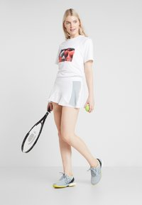 adidas by Stella McCartney - IVIEW TEE - T-shirt con stampa - white - 1