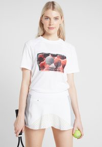 adidas by Stella McCartney - IVIEW TEE - T-shirt con stampa - white - 0