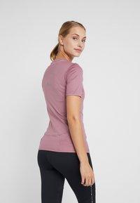 adidas by Stella McCartney - ESSENTIALS SPORT CLIMALITE WORKOUT T-SHIRT - Funkční triko - light pink - 2