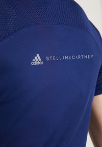 adidas by Stella McCartney - ESSENTIALS SPORT CLIMALITE WORKOUT T-SHIRT - Funktionströja - dark blue - 5