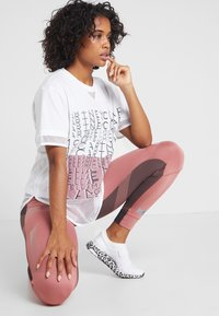 adidas by Stella McCartney - SPORT CLIMALITE WORKOUT GRAPHIC T-SHIRT - Sportshirt - white - 1