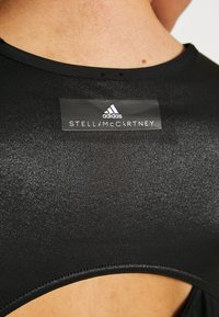 adidas by Stella McCartney - TRAIN CROP - Sports shirt - black - 5