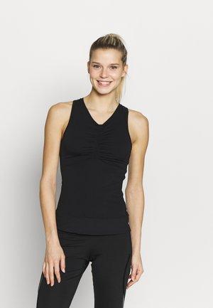 TANK - Funkční triko - black