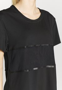 adidas by Stella McCartney - LOOSE TEE - T-shirt print - black - 4