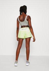 adidas by Stella McCartney - SHORT - kurze Sporthose - white/sefrye - 2
