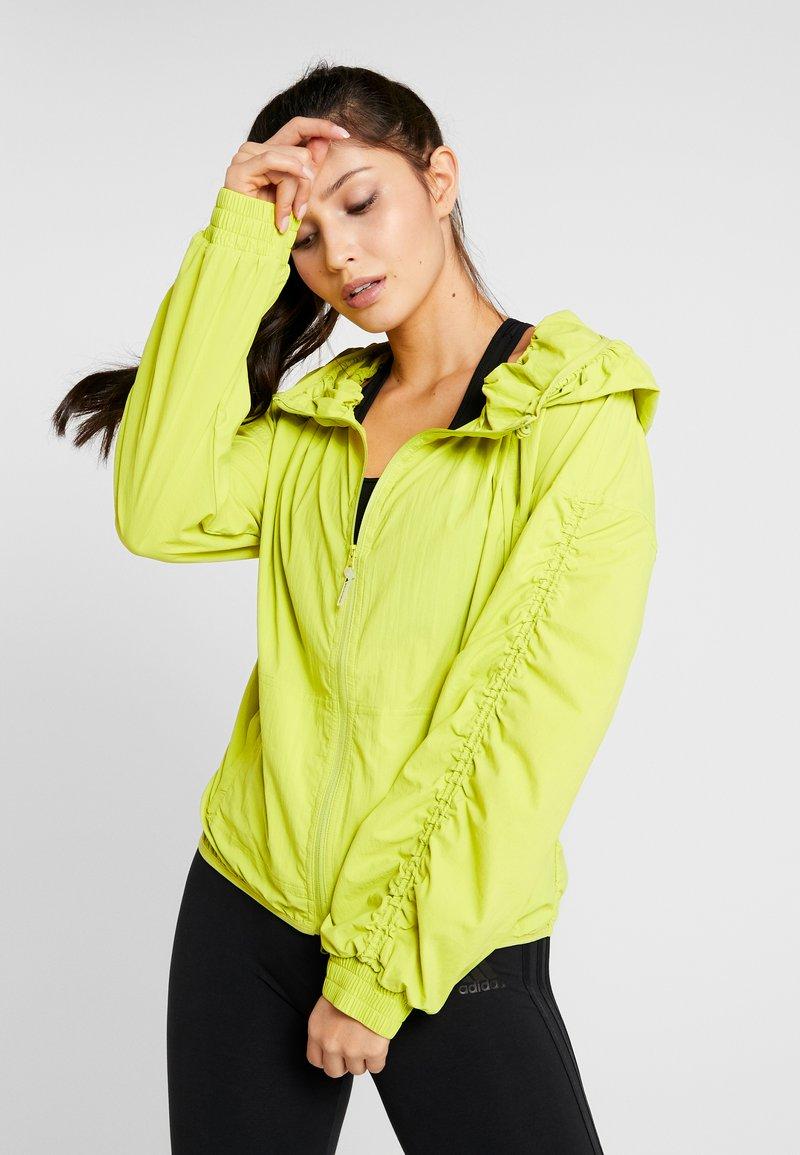 adidas by Stella McCartney - SPORT RUNNING LIGHT JACKET - Trainingsjacke - green