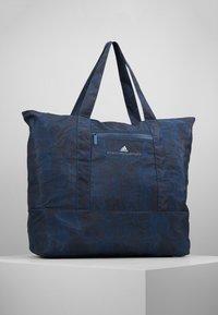 adidas by Stella McCartney - LARGE TOTE - Sportväska - blue/black/white - 0