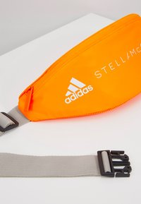 adidas by Stella McCartney - BUMBAG - Schoudertas - sorang/white - 6