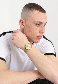 adidas Originals - DISTRICT M1 - Horloge - all gold-coloured - 0