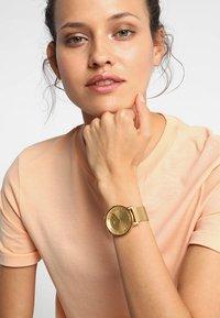 adidas Originals - DISTRICT M1 - Horloge - all gold-coloured - 1