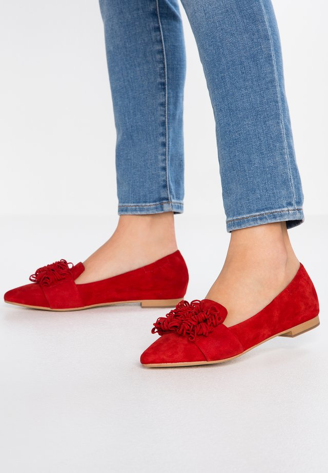 Slip-ons - rosso
