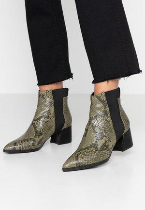 Korte laarzen - olive