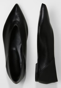 Aeyde - MOA - Loafers - ink black - 3
