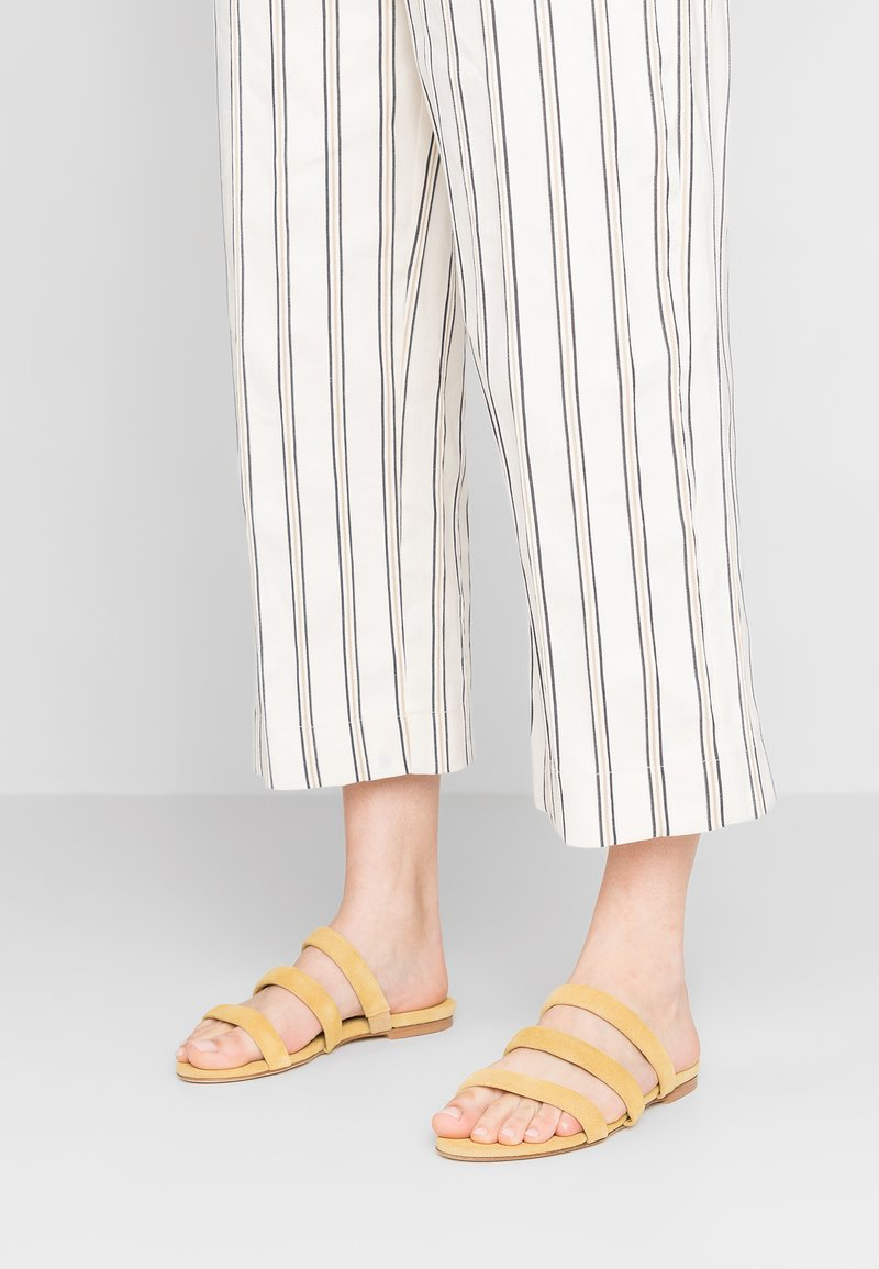 Aeyde - CHRISSY - Mules - pale yellow