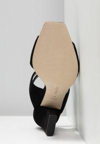 Aeyde - GABRIELLA - Højhælede sandaletter / Højhælede sandaler - black - 6