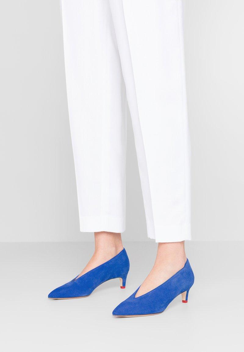 Aeyde - CAMILLA - Classic heels - blue