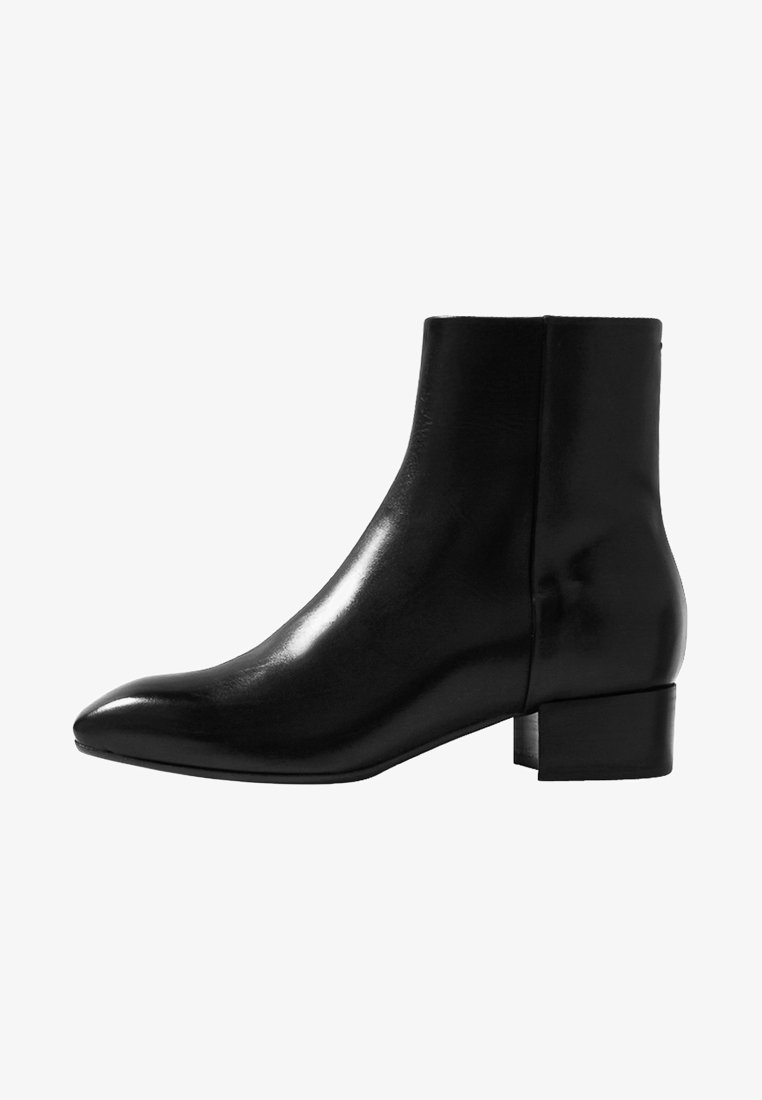 Aeyde - Classic ankle boots - black