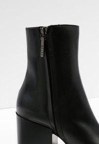 Aeyde - LEANDRA - Støvletter - black - 6