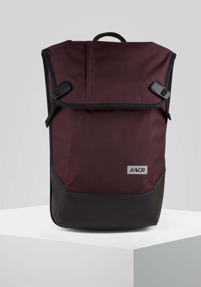 DAYPACK PROOF - Rucksack - red