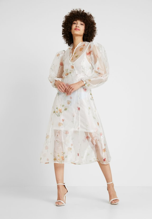 SARAH DRESS - Robe d'été - blanc