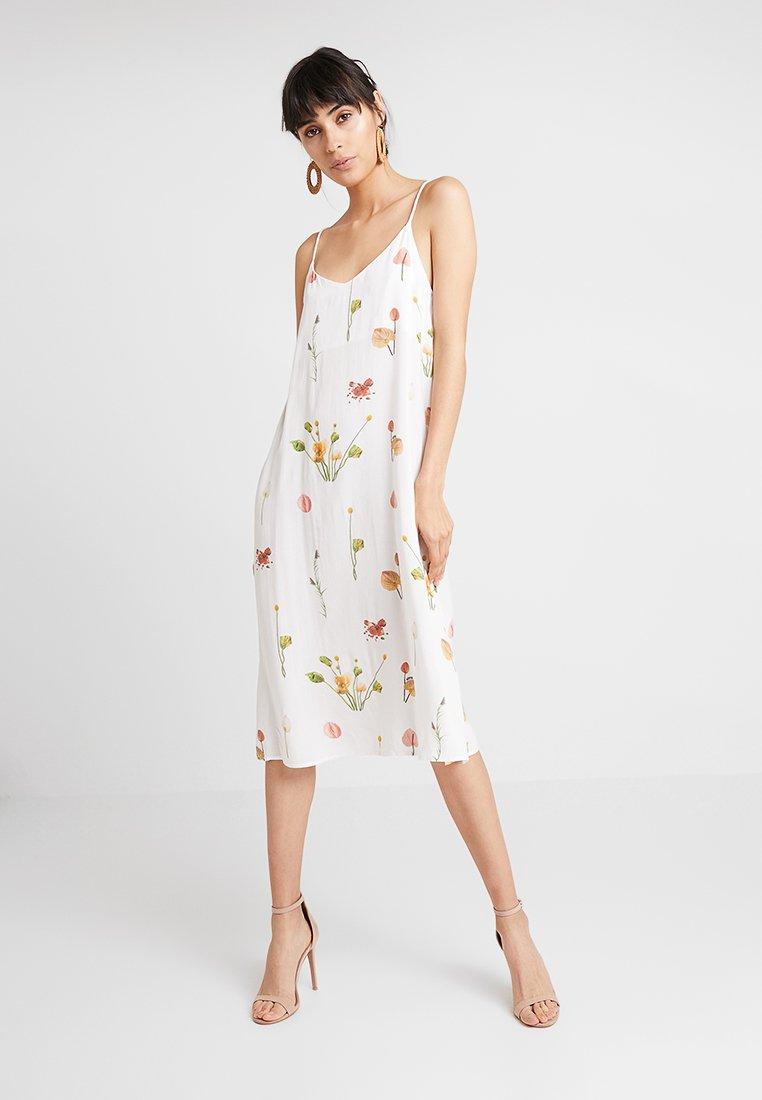 Aéryne - MIA DRESS - Freizeitkleid -  blanc