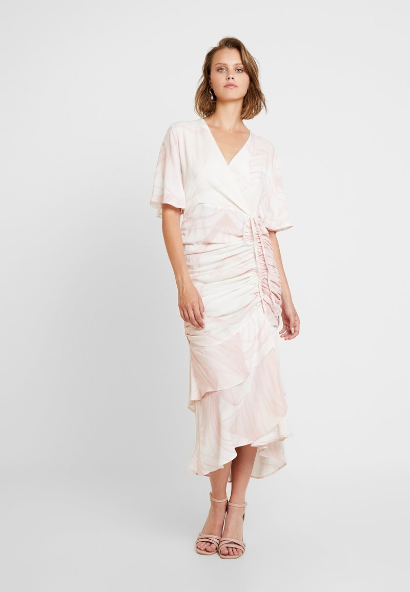 Aéryne - LIOTIA DRESS - Freizeitkleid - pink
