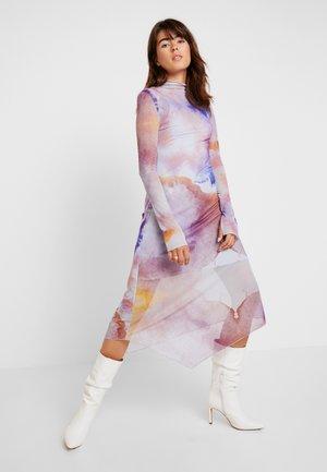 ESTHER DRESS - Vardagsklänning - aquarelle