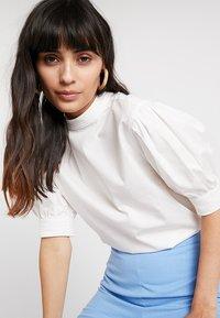 Aéryne - JADE - Bluse - blanc - 3