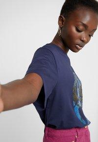 Alberta Ferretti - Print T-shirt - dark blue - 4
