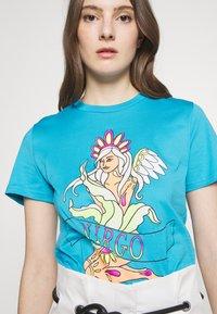 Alberta Ferretti - LEO - T-shirt z nadrukiem - blue - 5