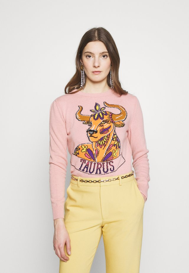 REGULAR FIT TAURUS - Sweter - pink