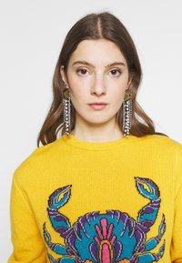Alberta Ferretti - OVER FIT ARIES - Sweter - yellow - 3