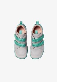 Affenzahn - BARFUSSSCHUH HUND - Baby shoes - grey - 1