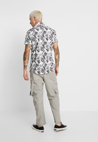A fish named fred - Shirt - offwhite - 2
