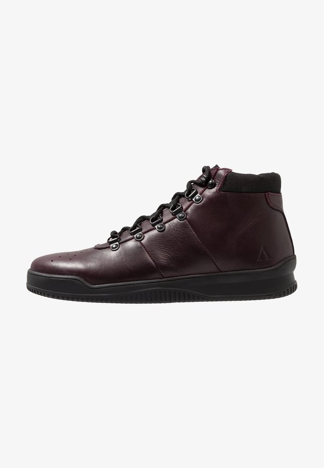VIRGO - Sneaker high - wine red