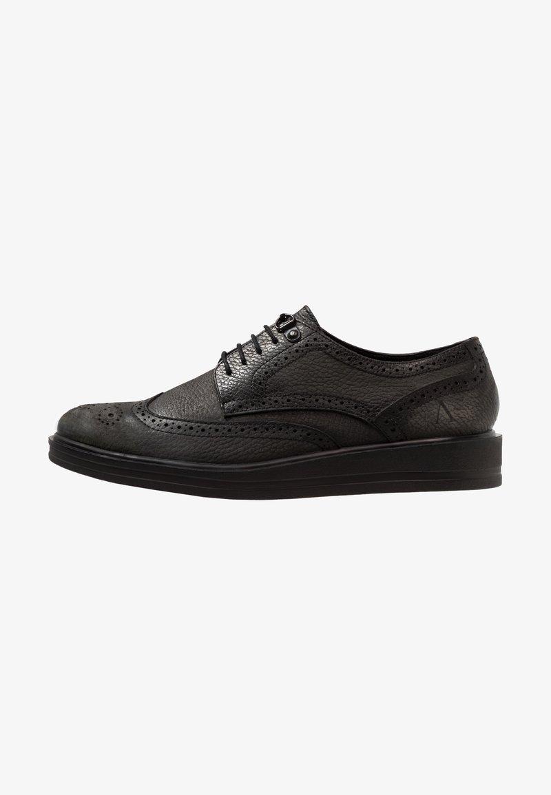 AFTERMATH - BRISTOL - Šněrovací boty - washed black