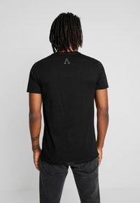 AFTERMATH - DESTRUCT SKULL PRINT - T-shirt con stampa - black - 2