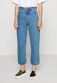 Afends - SHELBY - Straight leg jeans - classic blue - 0