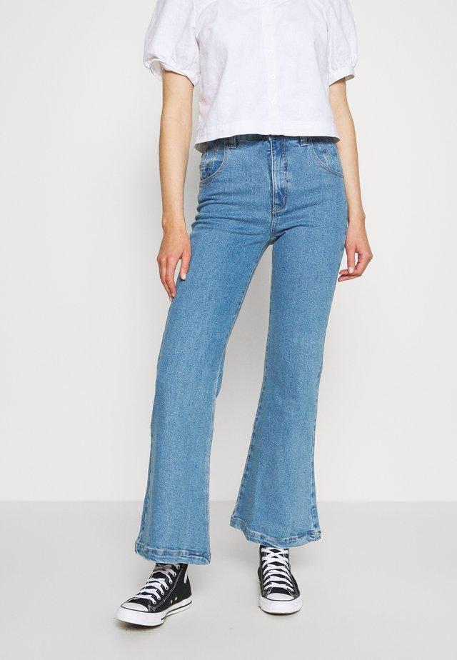 MARSHA - Flared Jeans - classic blue