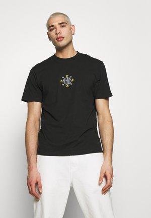 RETRO FIT TEE - T-shirts print - raven