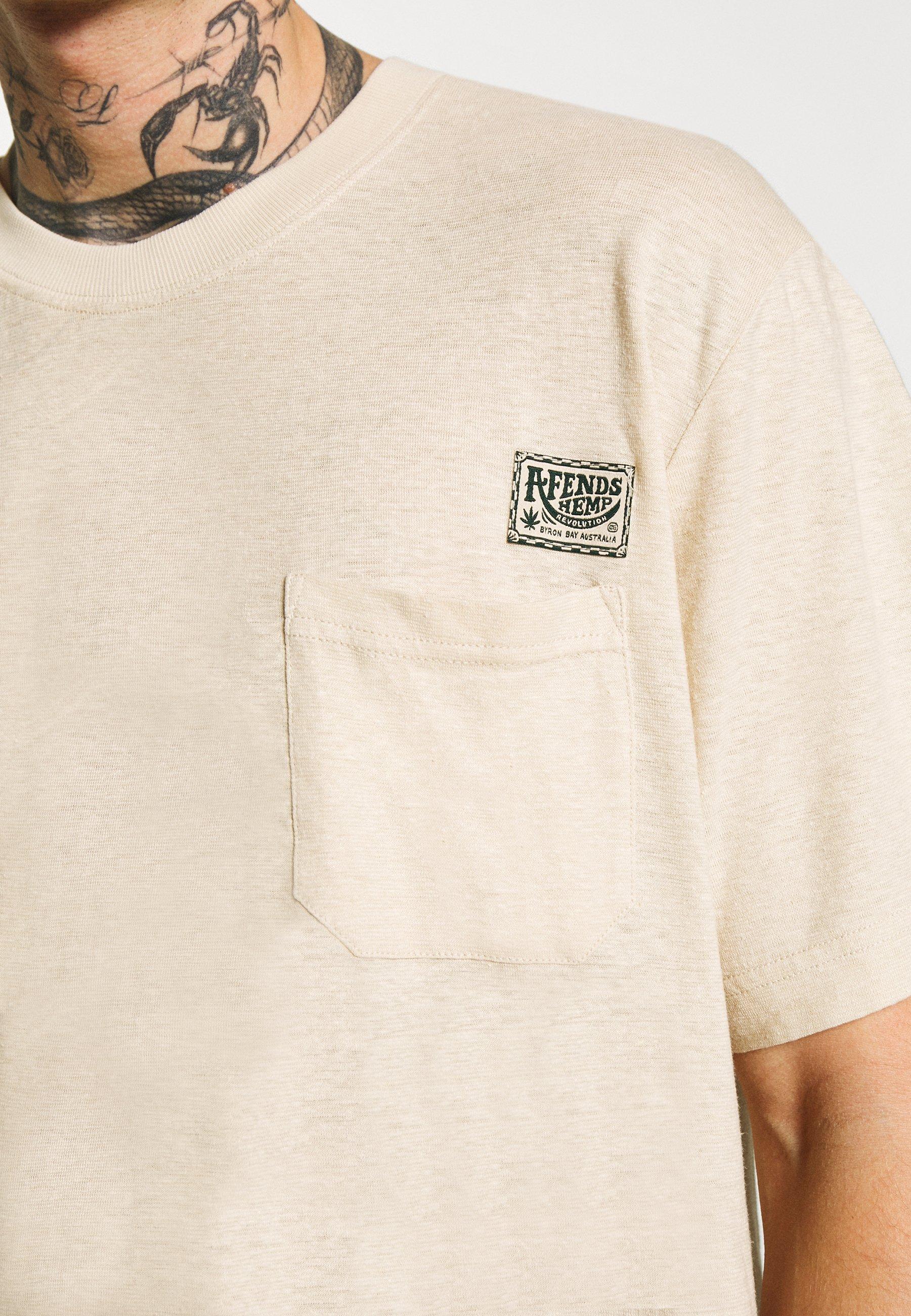 Afends Heritage - Hemp Retro Fit Tee T-shirt Con Stampa Macadamia ZiOm3